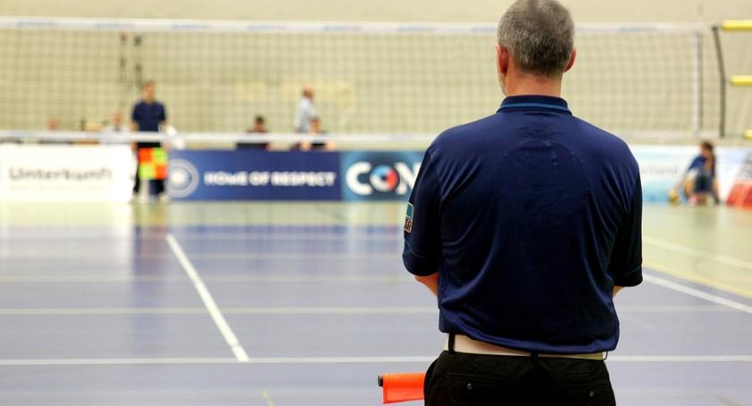 Sport, rozjechał Legię - zdjęcie, fotografia