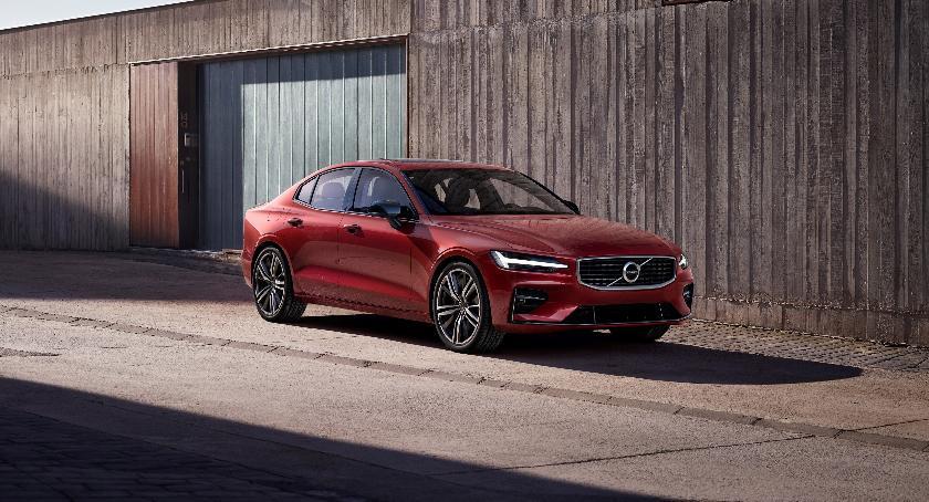 Motoryzacja, Wysokie oceny Volvo testach bezpieczeństwa - zdjęcie, fotografia