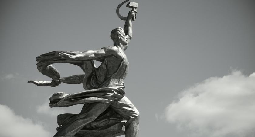 Felietony, największej tragedii ludzkości - zdjęcie, fotografia