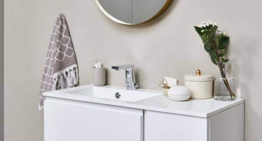 Styl życia, hotelach aranżowane coraz bardziej inteligentne łazienki - zdjęcie, fotografia