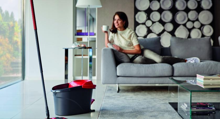 Wiadomości, Czyste mieszkanie nowego proste - zdjęcie, fotografia