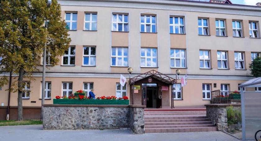 Wiadomości, Akademia Talentów szkoła Białegostoku walczy głosy - zdjęcie, fotografia