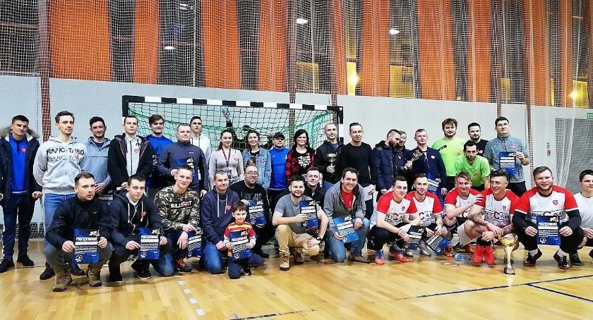 Styl życia, Firmy zmierzyły zawodach futsalu WOŚP - zdjęcie, fotografia