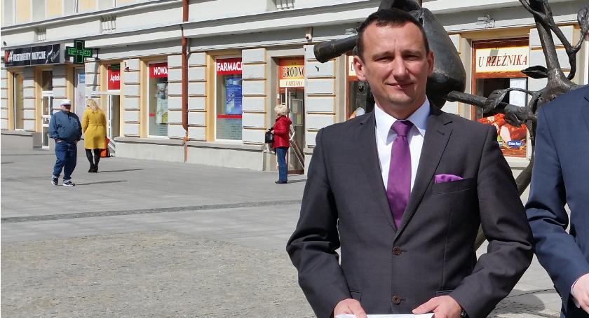 Wiadomości, Maciej Biernacki opuszcza Platformę niego dołączy - zdjęcie, fotografia