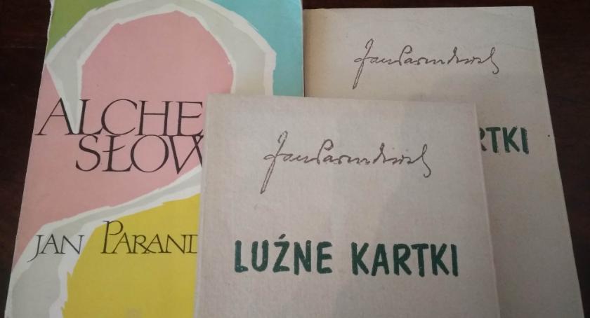 Kultura, Pisarze wśród rzeźb Muzeum Alfonsa Karnego - zdjęcie, fotografia