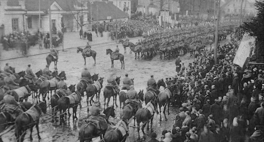 Kultura, Muzeum Wojska zaprasza wystawę pierwszych latach niepodległości Białegostoku - zdjęcie, fotografia