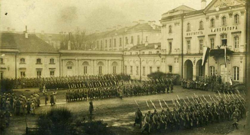 Wiadomości, Pałac Branickich służył kiedyś lazaret - zdjęcie, fotografia