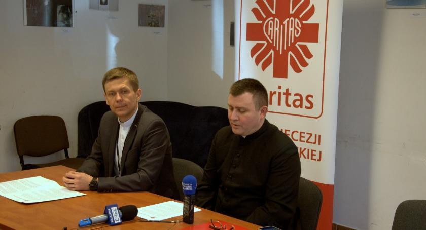 Wiadomości, Caritas cały stanie pomagać dzięki ludziom dobrej - zdjęcie, fotografia