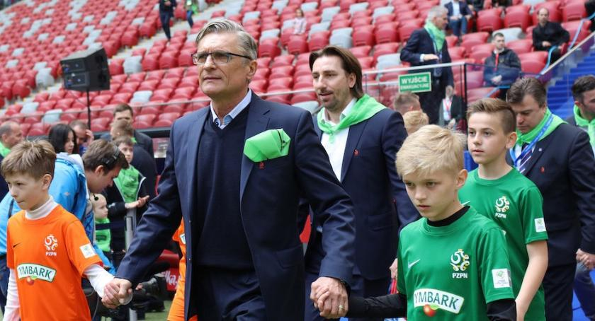 Piłka nożna, Piłkarskich talentów szuka wszędzie Najlepsi zagrają Narodowym - zdjęcie, fotografia