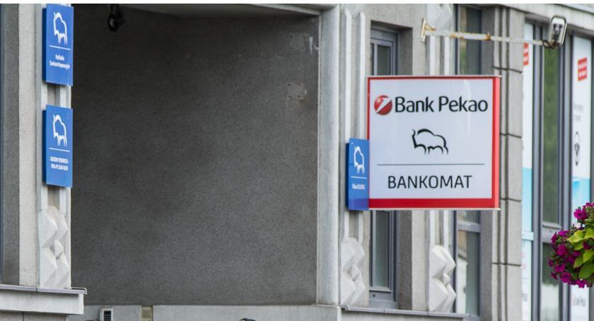 Gospodarka, Mniejsi przedsiębiorcy ocenili banki Najlepszy Pekao - zdjęcie, fotografia