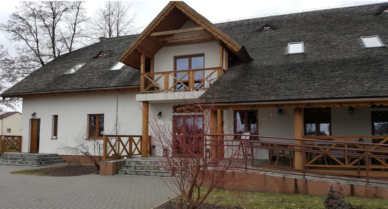 Felietony, Kulinarny odjazd Bajdarce drzwi restauracyjne otwiera wiosłem - zdjęcie, fotografia