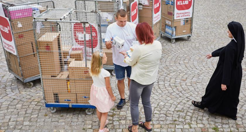 Wiadomości, pomagać Klienci Rossmanna decydują - zdjęcie, fotografia
