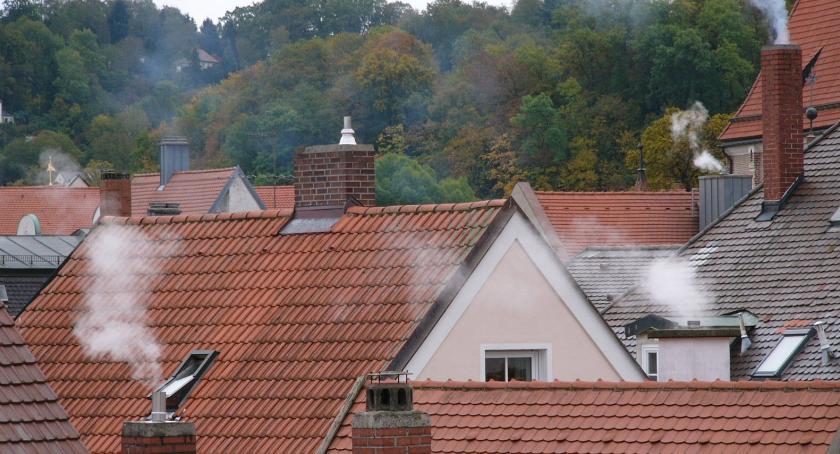 Wiadomości, Poszukiwana firma która wymieni piece mieszkańcom Białegostoku - zdjęcie, fotografia