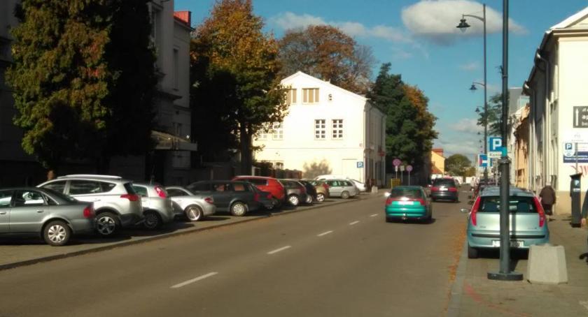 Motoryzacja, Warszawskiej osoby niepełnosprawne mają zaparkować - zdjęcie, fotografia