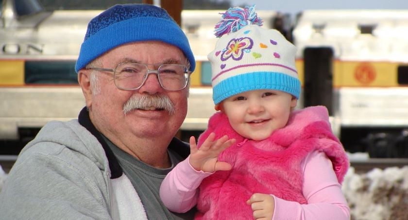 Wiadomości, seniorzy najmłodsi będą województwie podlaskim mieli swoje ośrodki - zdjęcie, fotografia
