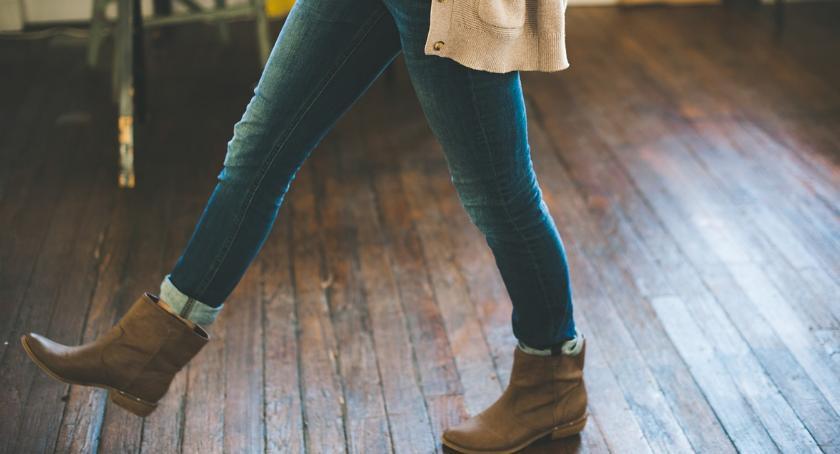 Nieruchomości, Poradnik kupujących panele podłogowe - zdjęcie, fotografia