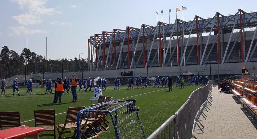 Sport, udało Lowlandersi polegli własnym boisku - zdjęcie, fotografia