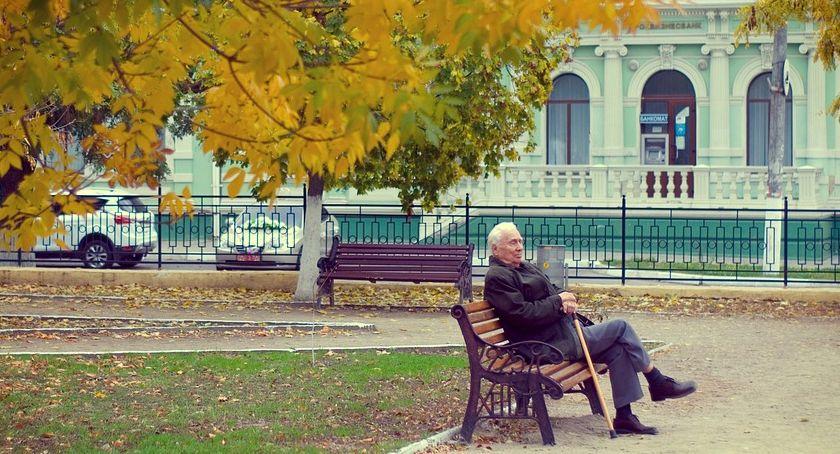 Wiadomości, Żyjemy krócej dostaniemy wyższą emeryturę Takie wyliczenia - zdjęcie, fotografia