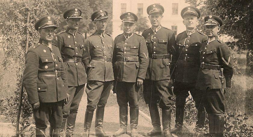 Kultura, Muzeum Wojska będzie można poznać białostockich policjantów międzywojennych - zdjęcie, fotografia