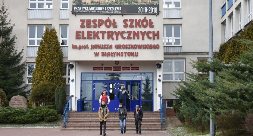 Wiadomości, Uczniowie Elektryka zapewnili sobie indeksy Politechnikę - zdjęcie, fotografia