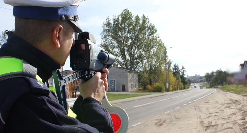 Motoryzacja, Przyciskali mocno pedał stracili prawa jazdy - zdjęcie, fotografia