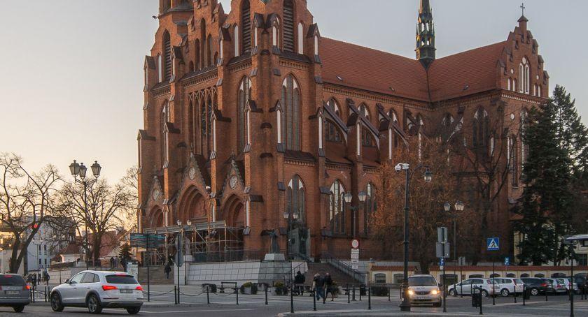 Wiadomości, Dziś rozpoczyna Triduum Paschalne Katedrze Białostockiej - zdjęcie, fotografia