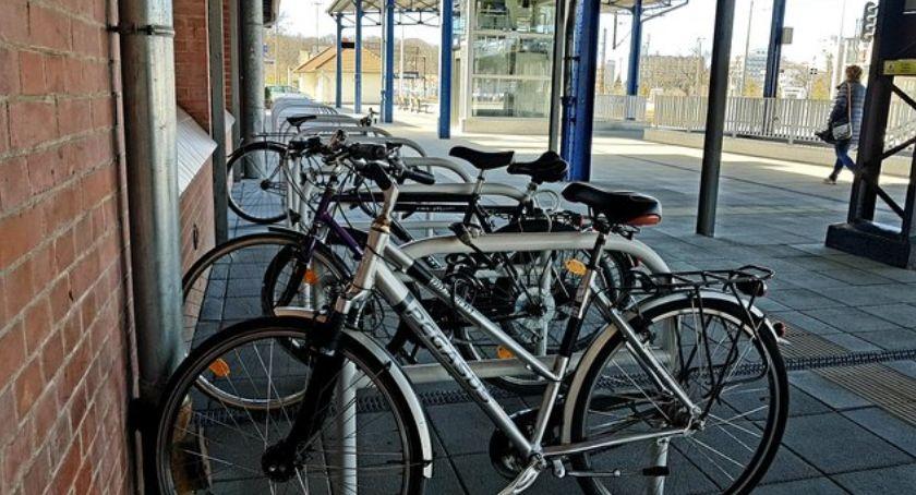 Motoryzacja, Rowerem pociągu Coraz wygodniej sprawniej - zdjęcie, fotografia