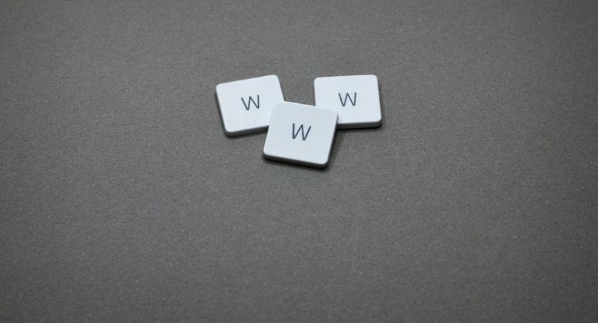 Wiadomości, Pierwsze strony internetowe historii - zdjęcie, fotografia