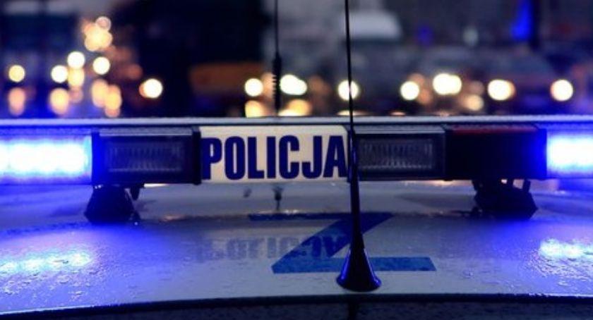Wiadomości, Niedoszły samobójca uratowany przez policjantów - zdjęcie, fotografia