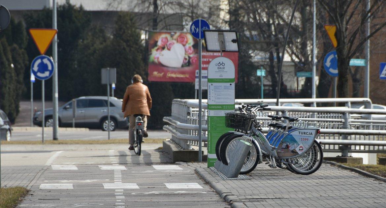 Wiadomości, Elektrycznym BiKeRem mieście - zdjęcie, fotografia