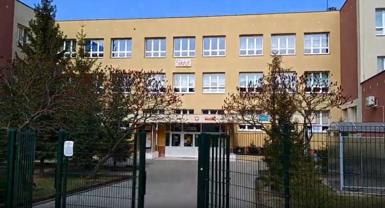 Wiadomości, Strajkujący nauczyciele Białegostoku wynagrodzenia strajk dostaną! - zdjęcie, fotografia