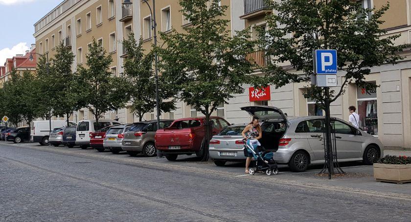 Motoryzacja, zapłaciłeś opłaty dodatkowej parkowanie Urząd teraz będzie ścigał dłużej - zdjęcie, fotografia