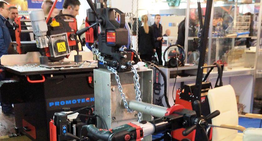 Gospodarka, Wschodzie interesują maszynami Białegostoku - zdjęcie, fotografia