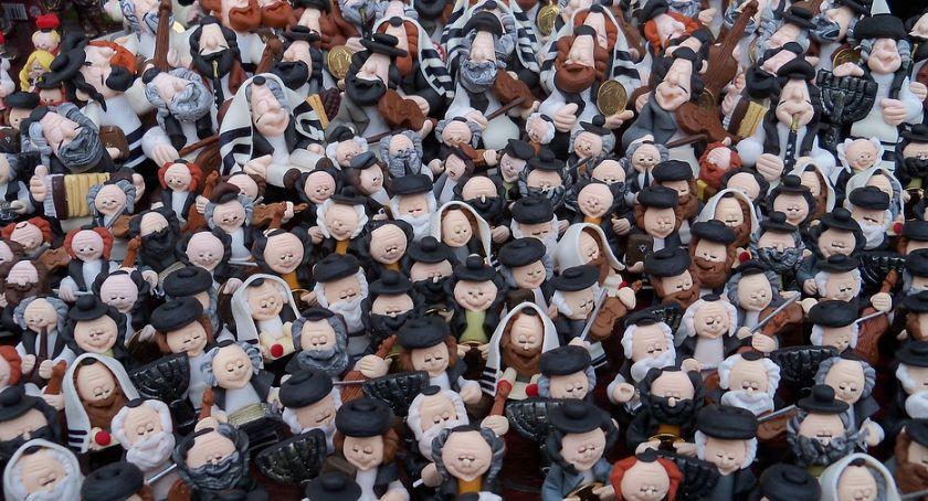 Felietony, Prozą Antysemityzmu potrzebują tlenu - zdjęcie, fotografia