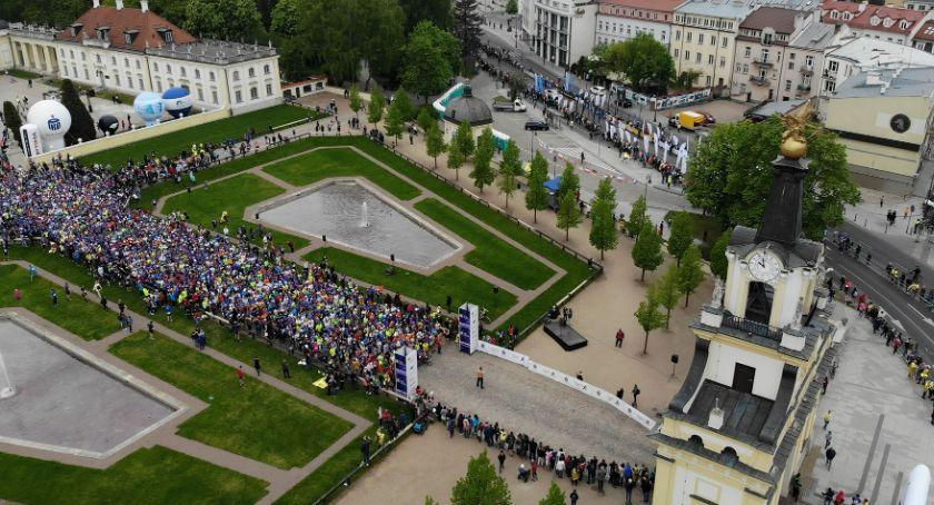 Sport, Ulicami Białegostoku kolejny przebiegło kilka tysięcy biegaczy - zdjęcie, fotografia