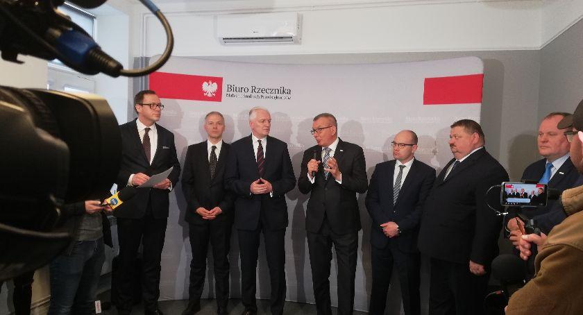 Gospodarka, Rzecznik uprawnieniami prokuratora Białostoccy pracownicy komandosi - zdjęcie, fotografia
