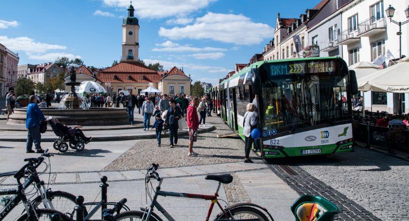 Styl życia, Sobota piknikiem autobusowym Białymstoku - zdjęcie, fotografia