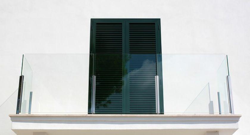 Nieruchomości, Materiały balkon krótki przegląd materiałów - zdjęcie, fotografia