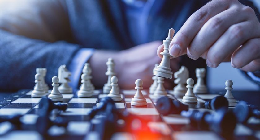 Sport, Szachiści zmierzą Supraślu otwartym turnieju szachowym - zdjęcie, fotografia