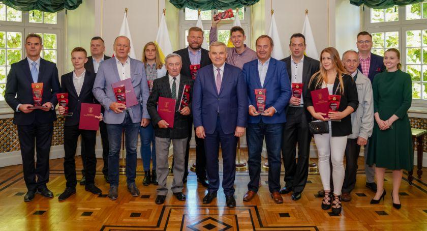 Sport, Nagrody roczne odebrali sportowcy trenerzy Białegostoku - zdjęcie, fotografia