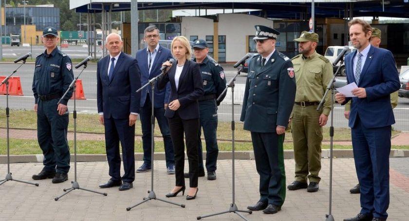 Wiadomości, pracownikami Krajowej Administracji Skarbowej Podlasia spotkała minister finansów - zdjęcie, fotografia