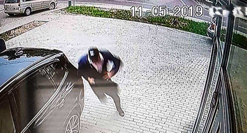 Wiadomości, Policjanci zatrzymali podejrzanych napad kantor Odzyskali część skradzionych rzeczy - zdjęcie, fotografia