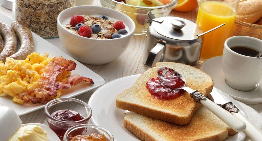 Gospodarka, Biznes śniadaniu kawie - zdjęcie, fotografia