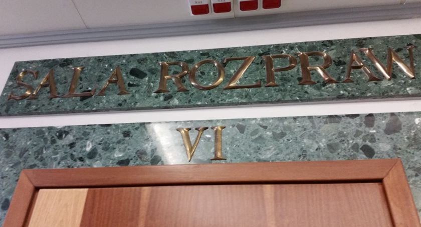 Wiadomości, Dyrektorowi grozi więzienia zawieszeniu Takiej żąda prokurator - zdjęcie, fotografia