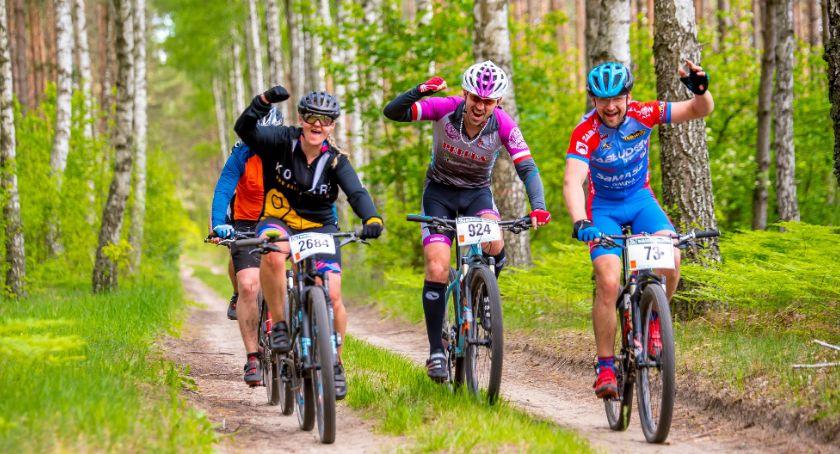 Sport, Przez rozśpiewany Gródek przejechały Maratony Kresowe - zdjęcie, fotografia
