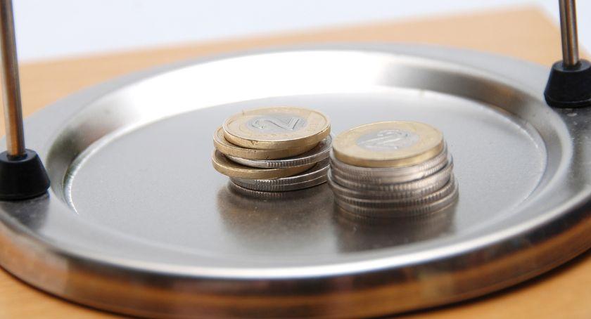 Gospodarka, Propozycje płacy minimalnej przyszły podobają nikomu - zdjęcie, fotografia