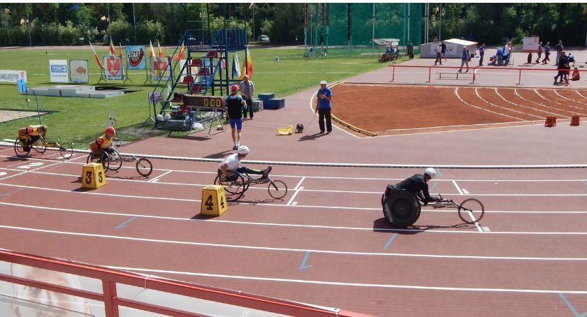 Sport, Stadion Lekkoatletyczny będzie miejscem zmagań niepełnosprawnych sportowców - zdjęcie, fotografia