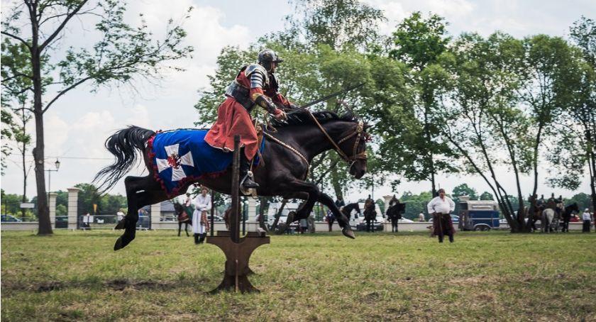 Wiadomości, Turniej husarski zakończył dobrze husarzy Białegostoku - zdjęcie, fotografia