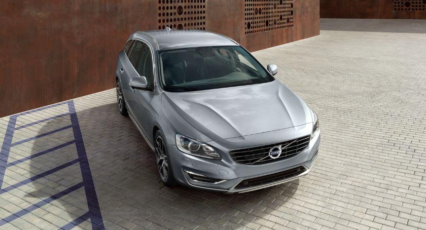 Motoryzacja, Wybierając Volvo można zyskać tysięcy złotych - zdjęcie, fotografia
