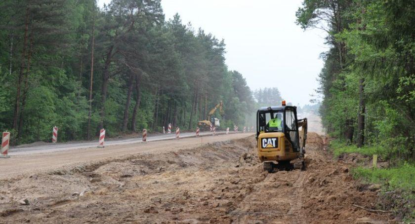 Wiadomości, Trwają intensywne prace budowie drogi Bielska Podlaskiego granicy - zdjęcie, fotografia